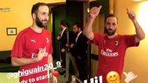 """""""Saluto Milan"""", Higuain per la prima volta con la maglia rossonera"""