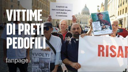 """Pedofilia, in Vaticano la prima protesta delle vittime dei preti: """"Basta omertà e insabbiamenti"""""""