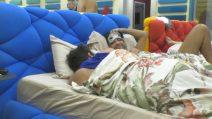 Grande Fratello VIP, Stefano Sala e Ivan Cattaneo nello stesso letto