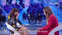Asia Argento piange ricordando Anthony Bourdain