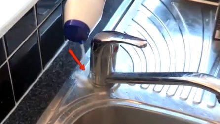 Come rimuovere il calcare dalla doccia