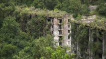 La città fantasma di cui la natura si è impossessata in 20 anni: le impressionanti immagini