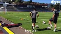 Pallone dietro la linea di fondo: Emre Can calcia e segna con un effetto incredibile
