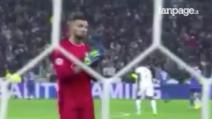 Anthony Lopes applaude Buffon: il gesto di stima del portiere del Lione