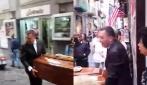 Napoli, svelato il mistero dell'ultimo caffè al bar del caro estinto