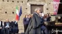 "Bocelli canta l'Ave Maria per i terremotati: ""Una preghiera per voi"""