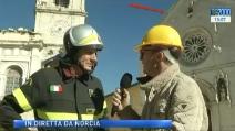 Norcia, terremoto in diretta tv: crolla un altro pezzo della basilica di San Benedetto