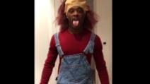 Evra si trasforma in Chucky: il pazzo travestimento per Halloween