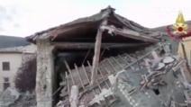 Terremoto Norcia, droni tra le macerie delle chiese: le drammatiche immagini aeree
