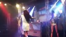 """Pamela Prati canta """"Chiamatemi un taxi"""", la canzone-tormentone dopo il GfVip"""