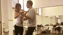 Belen e il tango contro il gossip, balla spensierata e scaccia la crisi con Iannone