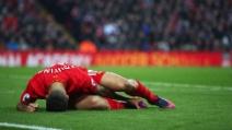 Liverpool, Coutinho esce in barella per un grave infortunio: standing ovation ad Anfield