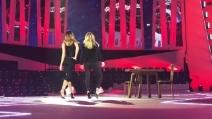 Belen Rodriguez e Lorella Cuccarini in un tango sensuale: le prove di ballo