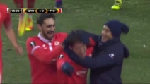 Il figlio di Enrico Chiesa segna il primo gol con la Fiorentina e abbraccia Paulo Sousa