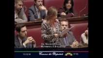 """Grillo (M5s): """"Ultimo squallido teatrino, no a fiducia"""""""