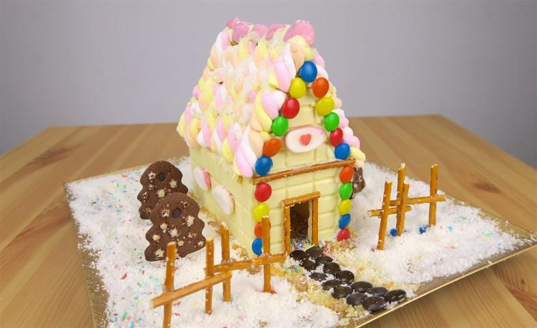 Casetta Di Natale Con Biscotti : Come creare una casetta fatta di biscotti