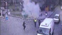 San Giorgio a Cremano, esplode la campana di vetro: donna viva per miracolo
