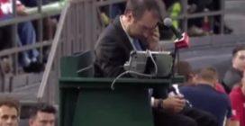 Scaglia la pallina in faccia al giudice di sedia, il folle gesto del giovane tennista