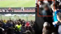Napoli-Juve, tifosi bianconeri tra quelli azzurri: insultati e allontanati dal settore