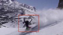 """Sette """"salti mortali"""" dopo la caduta: lo snowboard finisce malissimo per una 16enne"""