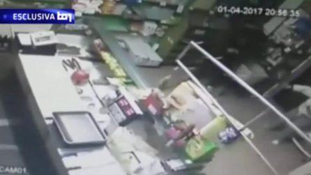 Killer di Budrio: le drammatiche immagini dell'omicidio del barista