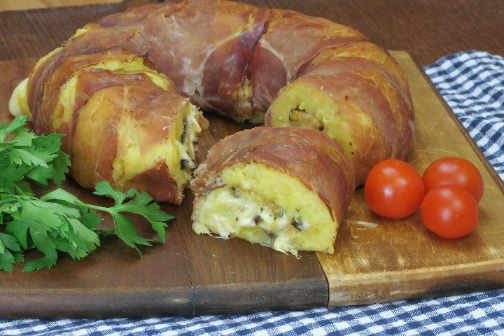 Ciambella di speck in pochi passi prepara un piatto facile e gustoso - Cucina fan page ...