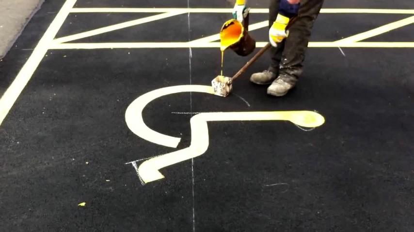 Dipingere Strisce Parcheggio : Abitare a aversa benvenuti nel sito del comitato strisce blu