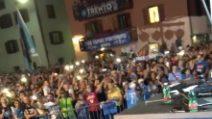 """Il grido """"Champions"""" dei tifosi del Napoli: Ounas resta a bocca aperta"""