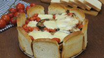 Coroa de pão de forma: uma receita fácil e gostosa para o jantar!
