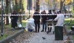 Milano, clochard trovato morto su una panchina