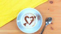 Come realizzare uno stancil per decorare il tuo cappuccino