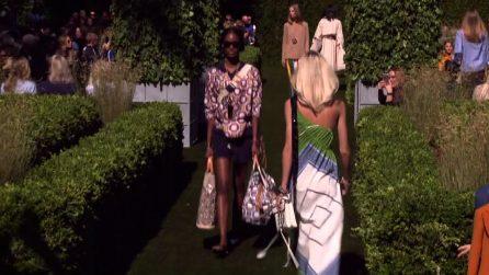Moda New York, la sfilata di Tory Burch ispirata a David Hicks