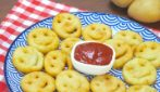 Potato smiley faces: a fun side dish that both grown-ups and kids will enjoy!