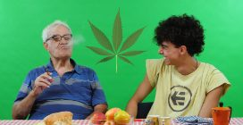 Nonni fumano per la prima volta con i loro nipoti