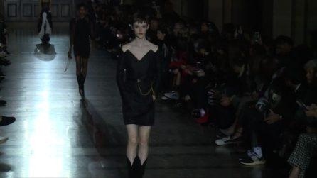 Moda Parigi, Clare Waight Keller debutta con Givenchy