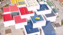 La casa di mattoncini Lego esiste davvero: inaugurata la maxi struttura in Danimarca