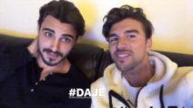 Francesco Monte guarda il 'GF Vip' con Andrea Damante e tifa per Jeremias