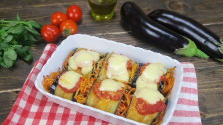 Involtini spaghetti e melanzane: uno tira l'altro!