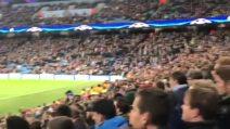 I tifosi del Feyenoord cantano a squarciagola: lo stadio del City è ammutolito