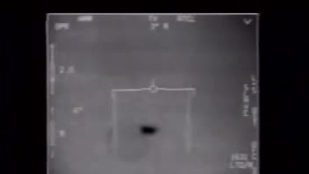 Il filmato del Pentagono di un jet americano che intercetta un Ufo