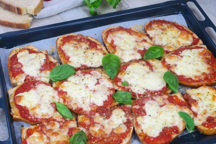 Pizza Finta Di Pane Lidea Geniale Per Riciclare Il Pane Raffermo