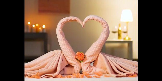 Piegare Asciugamani Forme : Come realizzare un cigno con gli asciugamani