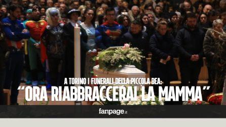 """Rose bianche e supereroi al funerale della piccola Bea: """"Ora è vicina a mamma Stefania"""""""