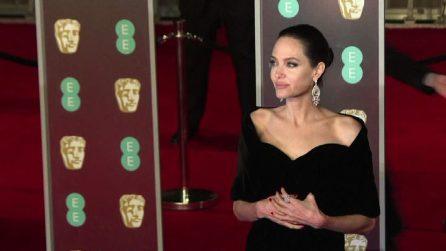 Da Angelina Jolie a Salma Hayek, anche ai Bafta red carpet black contro gli abusi sulle donne