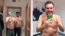 Seminudo nel camerino di Mara Venier: lo scherzo di Daniele Bossari poco prima della puntata