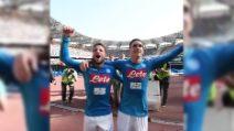 Il Napoli ci crede ancora: Mertens e Callejon scatenati sotto la curva
