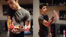 Costruisce un braccio coi lego: la protesi fai da te