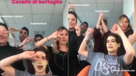 """Giulia Michelini mostra il suo """"cavallo di battaglia"""": il balletto nel backstage di Amici"""