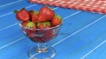 Sparkling wine strawberries: a refreshing treat as an aperitif
