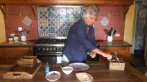 Le ricette di Beppe Grillo: tonno e schiacciatina toscana